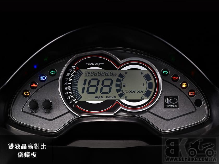 05.雙液晶高對比儀錶板