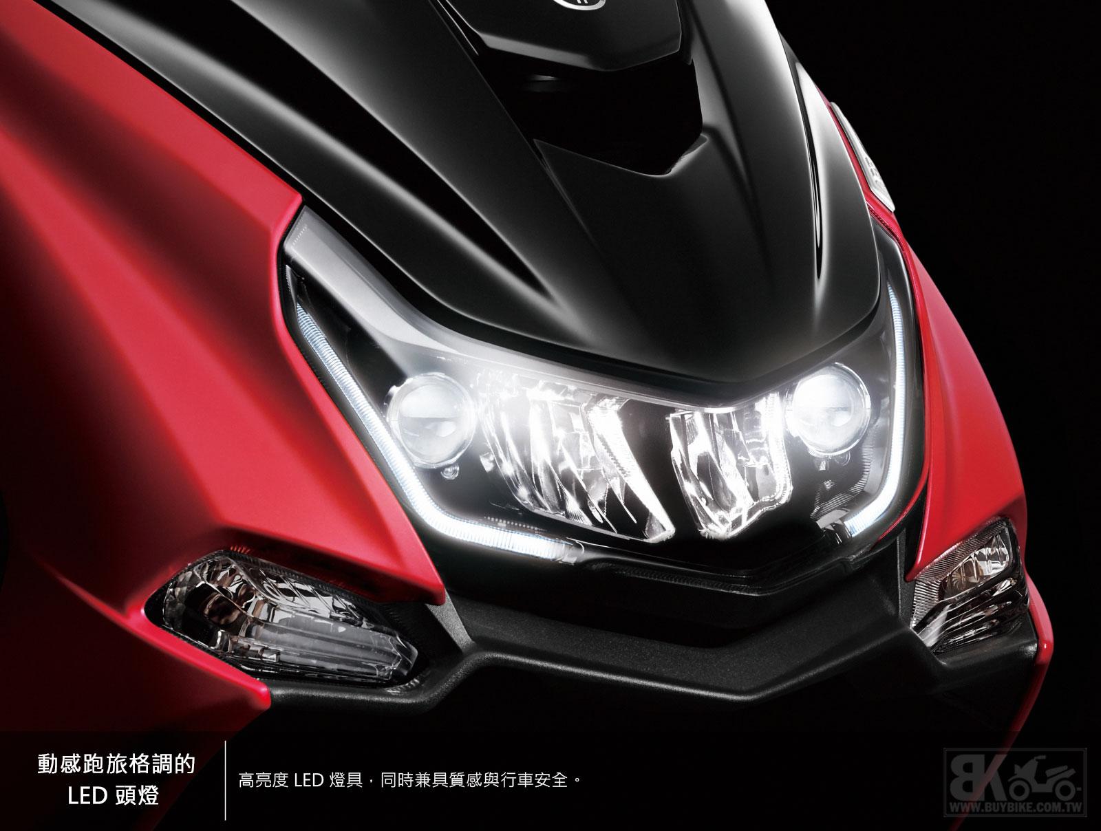 02.動感跑旅格調的-LED-頭燈